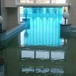 Perdele izolatoare pentru piscine