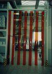 Usi de intare din fasii PVC